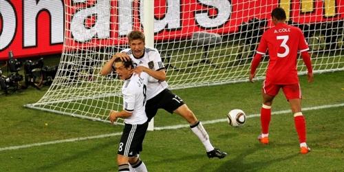 Alemania golea 4-1 a Inglaterra y pasa a cuartos del Mundial