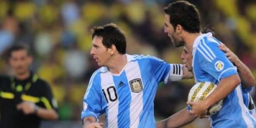 Argentina remontó a Colombia y lidera las Eliminatorias