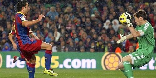 Barcelona es líder de la Liga tras golear 5-0 al Real Madrid