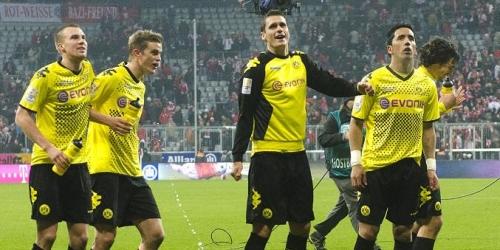 Borussia Dortmund sigue primero en la Bundesliga