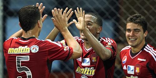 Caracas volvió a ganar y sigue liderando el Apertura