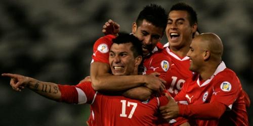 Chile venció a Perú en las Eliminatorias a Brasil 2014
