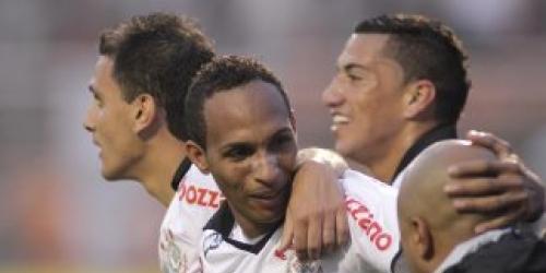 Corinthians sigue como puntero del Brasileirao
