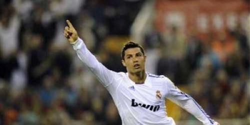 Cristiano refuerza al Real Madrid en el pulso por la Liga
