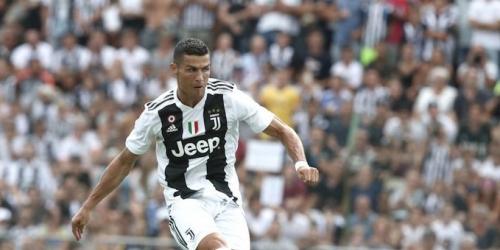 Cristiano Ronaldo marca un gol en su primer partido con la Juventus