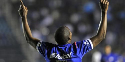Cruz Azul avanza a octavos en el grupo que lidera Corinthians
