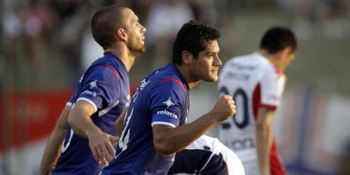 Cruz Azul, Unión Española y Nacional ganaron en su debut