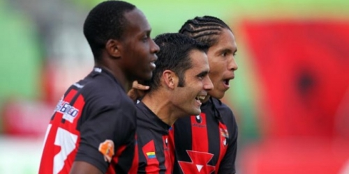 Deportivo Lara y Mineros siguen firmes en la cima