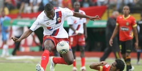 Deportivo Quito derrotó al Cuenca y sigue imparable