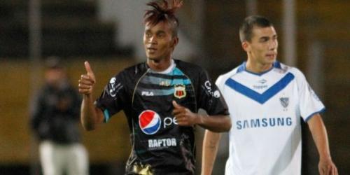 Deportivo Quito quiere aprovecharse de un Barcelona en crisis