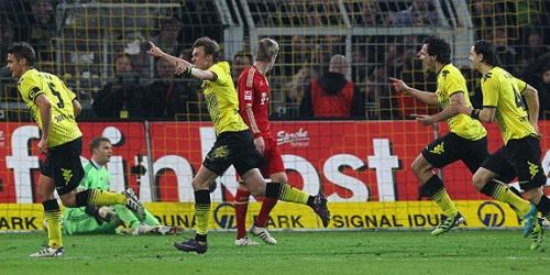Dortmund derrota a Bayern y da un gran paso hacia el título
