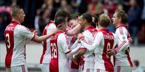 El Ajax volvió a ganar y acaricia el título