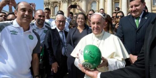 El Chapecoense visitó al papa