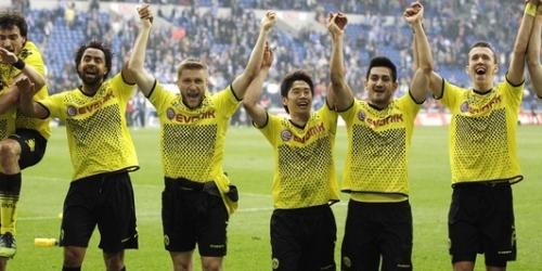 El Dortmund, el United y el Ajax acarician el título