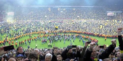 El Dortmund y el Bayern golean y el Colonia desciende