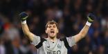 El español Casillas entra en la historia en la Champions League