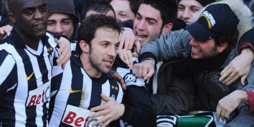 El líder Milan empata en Lecce y sus rivales se le acercan