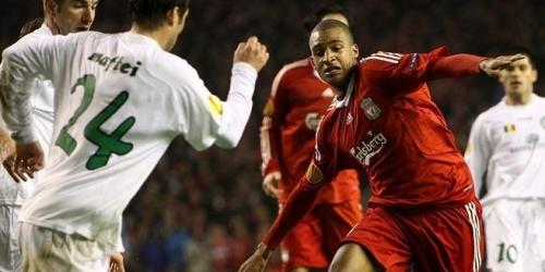 El Liverpool golea al West Ham y mantiene sus esperanzas