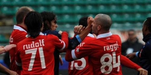 El Milan derrota al Cesena por 2-0, el Inter se estrella