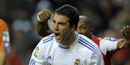 El Real Madrid sigue líder gracias a un gol de Higuaín