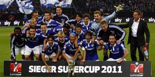 El Schalke derrotó al Borussia y ganó la Supercopa