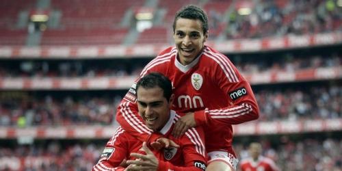 El Sporting gana al Nacional y sigue en busca de Champions