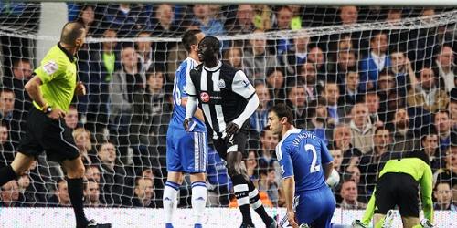 El Tottenham y el Newcastle pujan por ser tercero