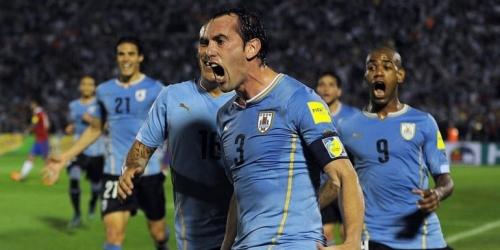 Eliminatorias, Uruguay goleó a Chile y es escolta (VIDEO)