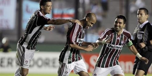 Fluminense ganó a Arsenal en el último minuto y finalizó primero