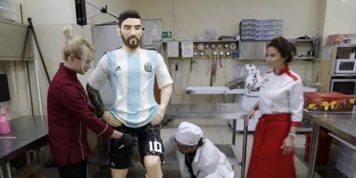 (FOTO) Mira el regalo de cumpleaños que le hicieron a Messi