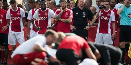 Futbolista del Ajax sale del coma después de 13 meses