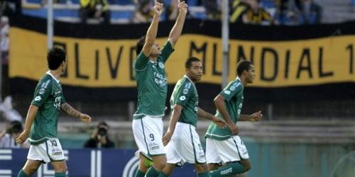 Goiás avanza a cuartos pese a caer 3-2 con Peñarol