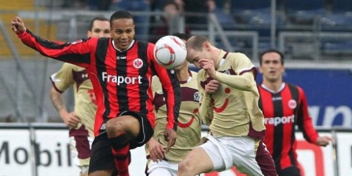 Hannover golea al Eintracht y es segundo en Bundesliga
