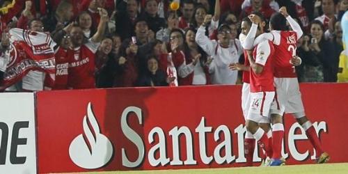 Independiente Santa Fe goleó y clasificó a cuartos de final