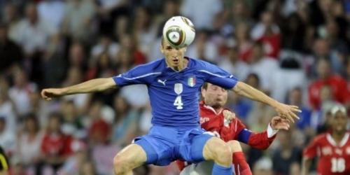Italia y Suiza empatan 1-1 con mal juego en amistoso