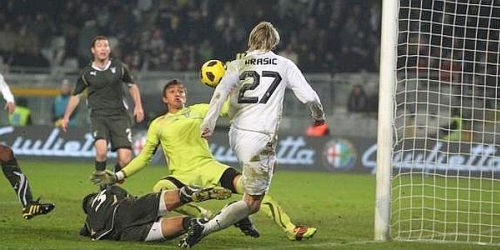 Juventus derrota al Lazio y ahora es segundo en la tabla