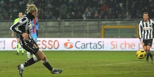 Juventus elimina a Catania y avanza a cuartos de Copa