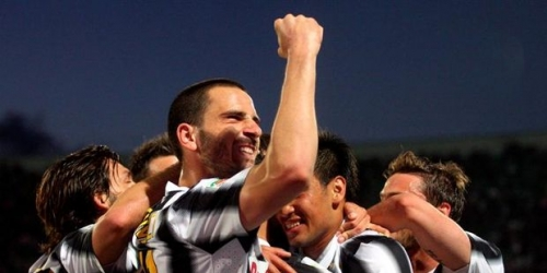 Juventus gana en Palermo y supera al Milan