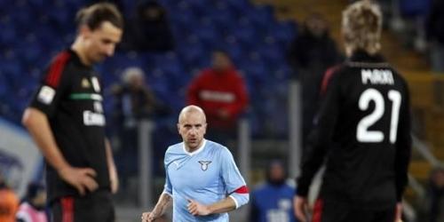 Juventus, sin jugar, sigue liderando la Serie A