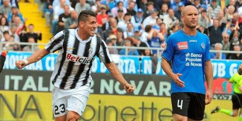 Juventus y Milan dejan abierta la lucha por el 'scudetto'