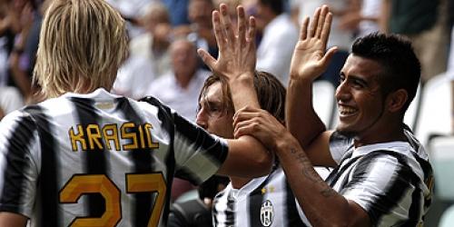 Juventus y Napoli arrancaron la Serie A con victorias