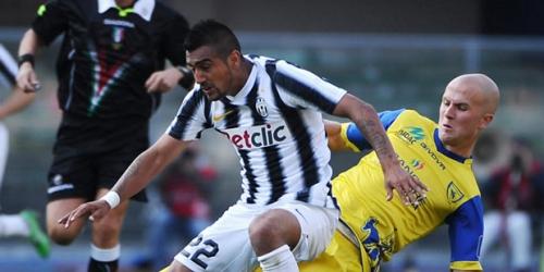Juventus y Udinese empatan pero siguen punteros