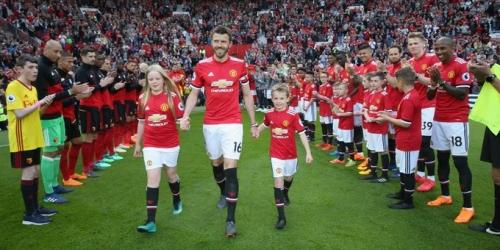 (VIDEO) El Manchester United cerró la liga con triunfo
