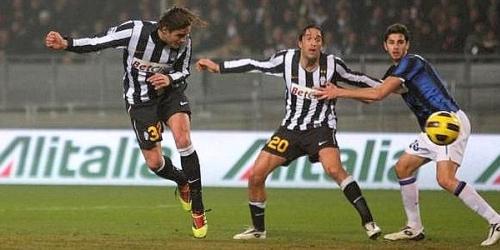 La Juventus revive y derrota al Inter por 1-0 en Turín