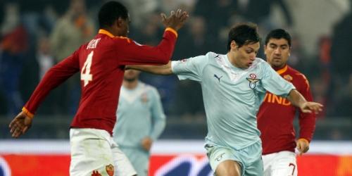 La Roma recupera la punta luego de ganar el derby