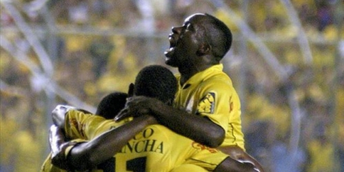 Liga y Barcelona empatan e Independiente sigue líder