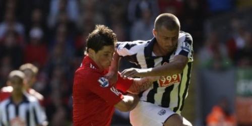 Liverpool gana con gol de Torres, el Manchester City perdió