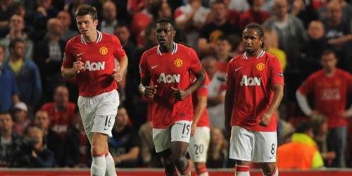 Los equipos de Manchester siguen primeros en la Premier