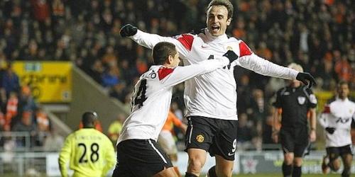 "Manchester United gana en remota con gol de ""Chicharito"""