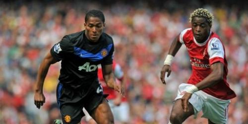 Manchester United pierde y Chelsea queda a tres puntos
